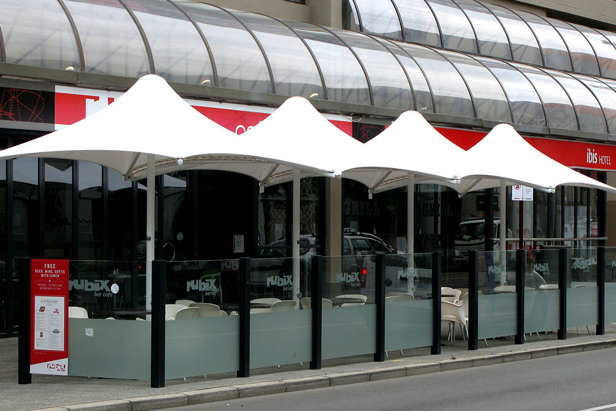 commercial restaurant umbrellas